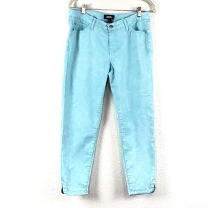 Forever 21 light blue ankle cropped jeans